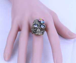 Insia Skull Surprise Fashion Ring