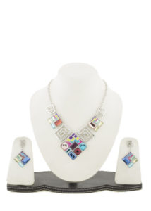 Insia Blingisquare Trendy Necklace Set