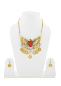 Insia Insignia Fashion Necklace Set